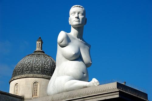thalidomide woman statue