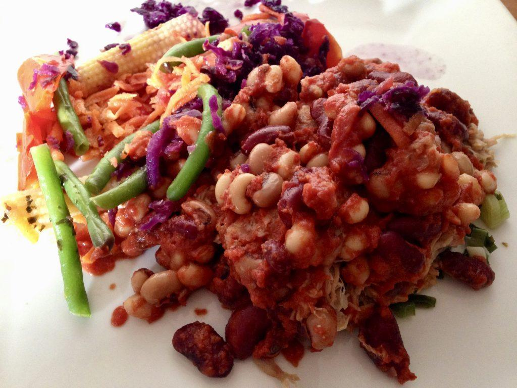 Musclefood Pulled pork with beans and rainbow vegetables