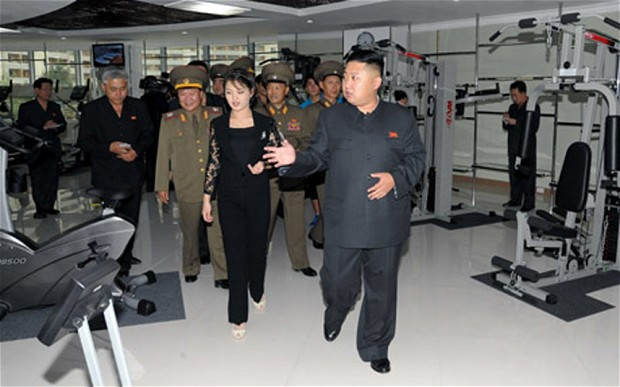Kim Jong Un visiting a gym